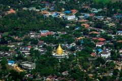 Hpa una città con la pagoda buddista sola di Gabar Myanmar (Birmania) Immagine Stock Libera da Diritti