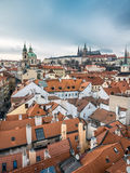 Hradcany и церковь St Nicholas в Праге стоковое фото rf