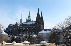 Hradcany mit Schnee Lizenzfreies Stockbild