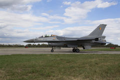 HRADEC KRALOVE, CZECH REPUBLIC - SEPTEMBER 5: Landing F-16 Fighting Falcon with Belgian flag on the CIAF – Czech international a Stock Photos