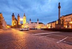 Hradec Kralove en la noche Fotos de archivo libres de regalías