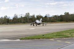 HRADEC KRALOVE, REPÚBLICA CHECA - 5 DE SETEMBRO: Os aviões de lutador Mikoyan-Gurevich do jato MiG-15 tornaram-se para o rolament Fotografia de Stock