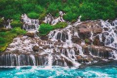 hraunfossar冰岛瀑布 图库摄影