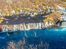 hraunfossar водопад Исландии стоковое фото