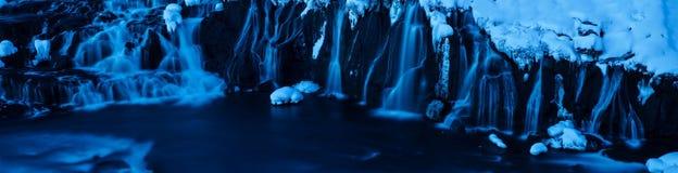 Hraunfossar siklawy w szczególe, Iceland zdjęcia royalty free