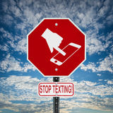 Hören Sie auf, Zeichen zu simsen - Quadrat Stockfoto