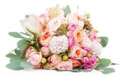 Härlig bukett av blommor som isoleras på vit Fotografering för Bildbyråer