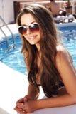 Härlig flicka i pöl Royaltyfria Bilder