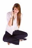 härlig flicka som texting Fotografering för Bildbyråer
