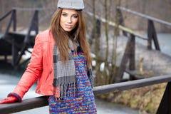 härlig modekvinna Arkivbild