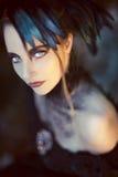 Härlig romantisk gotisk utformad kvinna Arkivfoto