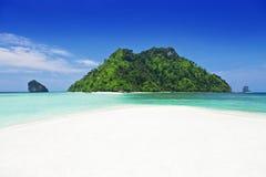 härlig strand Arkivfoton