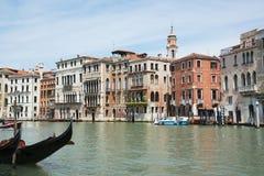 Härliga Grand Canal i Venedig, Italien Det är en av de mest berömda touristic destinationerna i världen Berömd historisk buil Arkivfoto