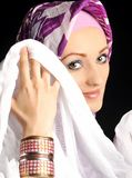 Härliga Muslim fashion flickan Royaltyfri Fotografi