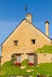 Härligt hus i Bourgogne, Frankrike Royaltyfri Fotografi