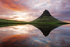 Härligt Island berglandskap Arkivbilder