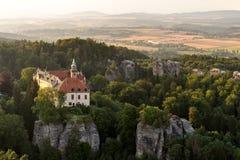 Hruba Skala slott Arkivbild