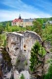 Hruba Skala slott, bohemisk paradisregion, Tjeckien Arkivbild