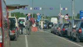 Hrushiv-Budomezhkontrollpunkt auf der Grenze mit Ukraine und Polen stock video