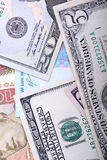 Hryvnia ucraino ed i dollari americani immagini stock