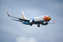HS-DBW Boeing 737-800 av NokAir Royaltyfri Foto