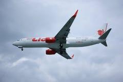 HS-LUP Boeing 737-800 da linha aérea tailandesa do lionair Fotografia de Stock