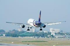 HS-TAE Airbus A300-600 de Thaiairway Fotografia de Stock Royalty Free