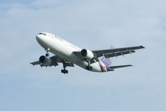 HS-TAE Airbus A300-600 of Thaiairway Royalty Free Stock Photo