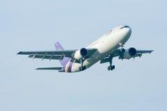 HS-TAG Airbus A300-600 de Thaiairway Fotografia de Stock Royalty Free