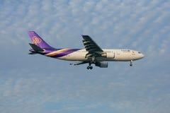 HS-TAO Airbus A300-600 de Thaiairway Foto de Stock