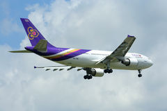 HS-TAW Airbus A300-600R of Thaiairway. Royalty Free Stock Photos