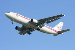 HS-TAW Airbus A300-600R of Thaiairway Stock Photos