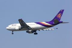 HS--TAXflygbuss A300-600 av det thailändska flygbolaget Fotografering för Bildbyråer