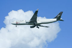 HS-TEL Airbus A330-300 of Thaiairway ( Star alliance paint ). Stock Photography