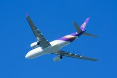 HS-TEN Airbus A330-300 de Thaiairway Imagens de Stock Royalty Free