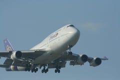HS-TGA Boeing 747-400 de Thaiairway Image libre de droits