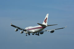 HS-TGH Boeing 747-400 de Thaiairway Photos stock