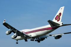 HS-TGH of Boeing 747-400 Thaiairway Royalty Free Stock Photos