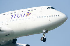 HS-TGM Boeing 747-400 de Thaiairway. Images stock