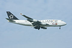 HS-TGW Boeing 747-400 of Thaiairway (Star-alliance Paint). Stock Images