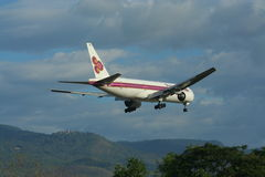HS-TJH of Boeing 777-200 Thaiairway Royalty Free Stock Photo