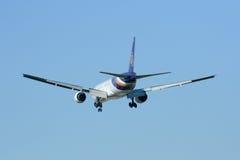 777-300 HS-TKF de Thaiairway Photographie stock libre de droits