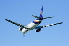 777-300 HS-TKF di Thaiairway Immagini Stock Libere da Diritti