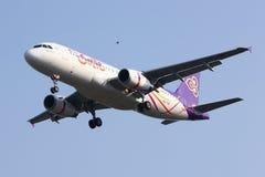 HS-TXC Airbus A320-200 da via aérea de Thaismile Imagens de Stock Royalty Free