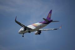 HS-TXG Airbus A320-200 da via aérea tailandesa do sorriso Imagens de Stock