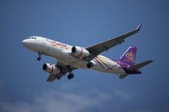 HS-TXG Airbus A320-200 da via aérea tailandesa do sorriso Foto de Stock