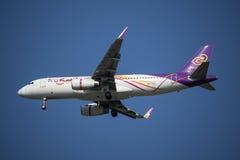 HS-TXU Airbus A320-200 da via aérea tailandesa do sorriso Imagens de Stock Royalty Free