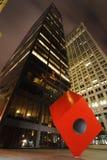 HSBC και ο κόκκινος κύβος Στοκ φωτογραφία με δικαίωμα ελεύθερης χρήσης