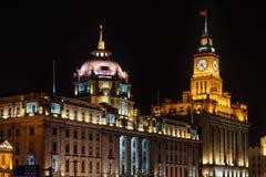 Hsbc таможни строя бунд на фарфоре Шанхая ночи Стоковое фото RF