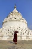 Hsinbyume塔在曼德勒,缅甸 免版税库存图片